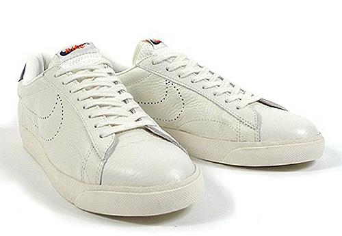 ten class navy 3 Nike Tennis Classic AC ND White/Sail Navy Blue