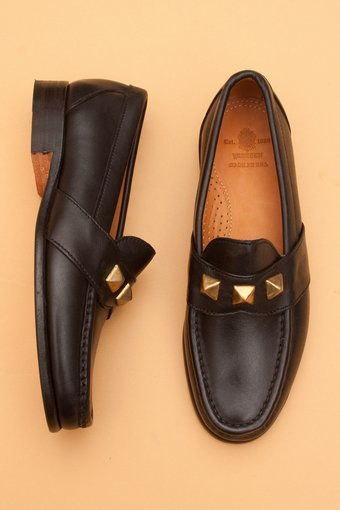 main_18298_brassloafer-black-1
