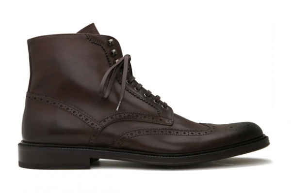Alexander McQueen Fall Winter 2010 Wingtip Boots Alexander McQueen Fall / Winter 2010 Wingtip Boots