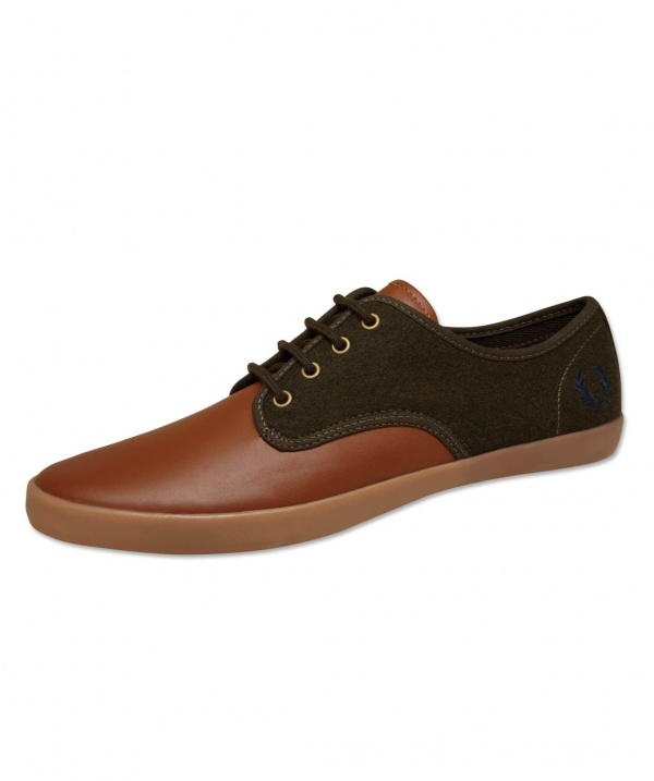 Foxx Leather Shoe by Fred Perry 02 251x300 Foxx Leather Shoe by Fred Perry