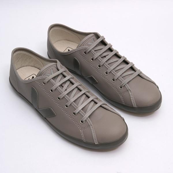 Veja Taua Leather 1 Veja Taua Leather