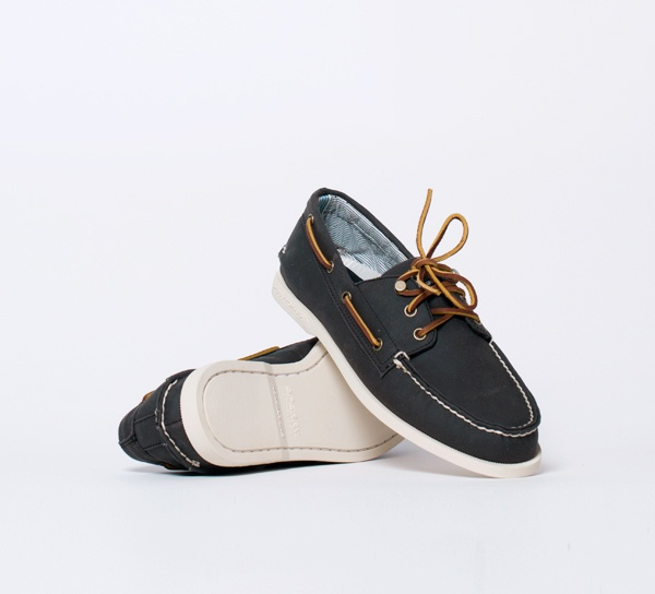 Band of Outsiders Waxed Canvas Deck Shoe 01 Band of Outsiders Waxed Canvas Deck Shoe