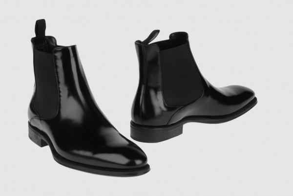 Giorgio Armani Black Chelsea Boots