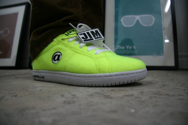 Airwalk 'Tennis Ball' Jim Sneaker 01