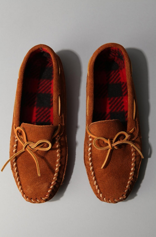 Minnetonka Double Bottom Fleece Moccasin 1 Minnetonka Double Bottom Fleece Moccasin