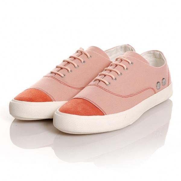 Contemporary Shoe Brands Sweden-based Shoe Brand Gram