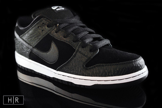 nike sb dunk entourage 1 Entourage x Nike SB Light Out Dunk Low Premium