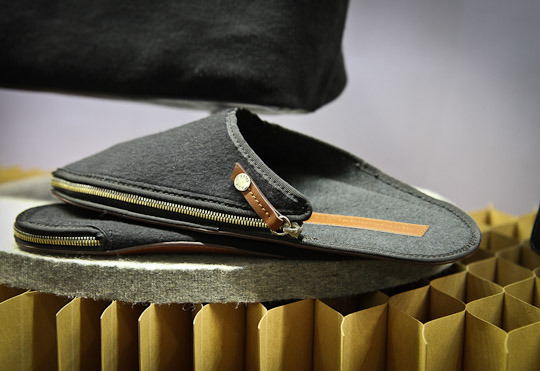 want les essentiels fall 2012 3 WANT Les Essentiels de la Vie Travel Slippers & Bracelets Autumn/Winter 2012