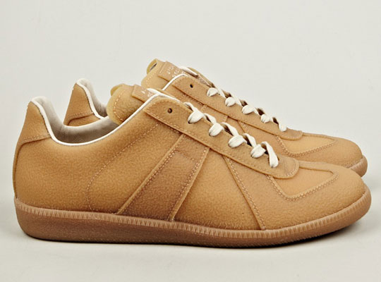 maison martin margiela sneakers 2012 fall winter 0 Maison Martin Margiela Enamel & Gum Military Sneakers