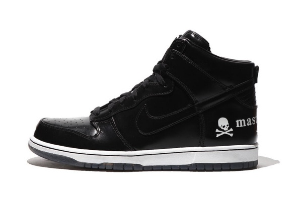 mastermind japan x nike 2012 dunk hi premium collection 1 Mastermind Japan x Nike Dunk Hi Premium Collection